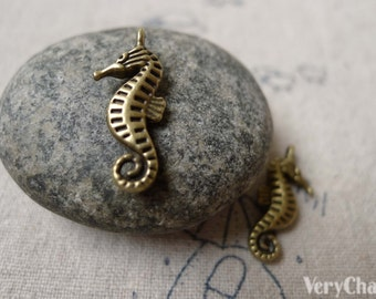 20 pcs Antique Bronze Seahorse Charms Double Sided 9x19mm A6909