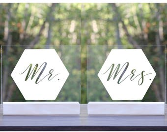 SET OF 2, Acrylic Mr Mrs Tabletop Signs, Mr and Mrs Sign, table sign, for sweetheart table, gold, modern, minimalist, Art Deco, Gatsby