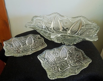 Vintage Pressed Glass Berry Bowl Set