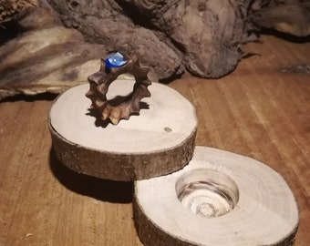Wooden ring (walnut) with naturel stone(sapphire)