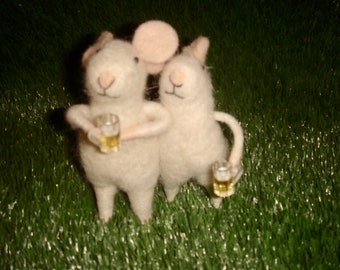 Pin Felt Needle Felted Collectible Mouse Mice Drinking Buddies Figure Gift