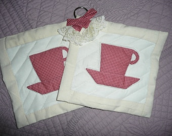 set of 2 potholders - cups pattern,  kitchen decoration - HAND MADE