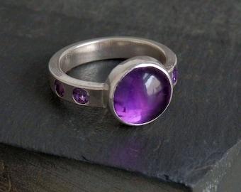 Amethyst ring / sterling silver ring / February birthstone / gypsy ring / flush set / amethyst jewelry / purple gem / size 9 / gift for her