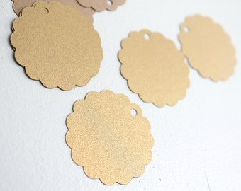 50pcs Round gold tags, Scallop gold tags, Gold flower tags, Wedding favor tags, Gold party favors, Metallic gold tags, Shiny Gold favor tags