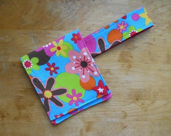 Travel Crochet Hook Case in Bright Floral