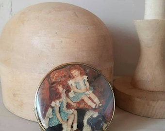 Vintage handbag mirror redhead