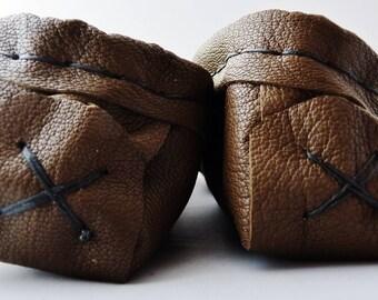 Cuir de cerf adulte cuir mocassins dames taille 8, regalia, chaussure maison, chaussures de danse, boho, soho. pow-wow