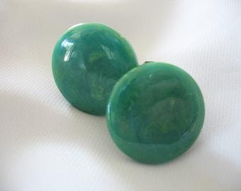 Bakelite Clip On Earrings, Blue Green, Marbled Swirl, 1930s, Brass Clip on, Button Earrings, Early Plastic, Teal, Christmas Green