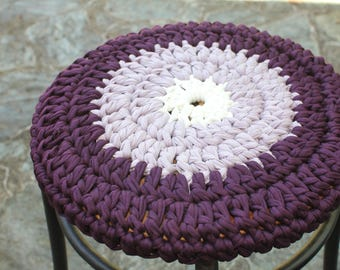 Cover crochet stool diameter 32 cm