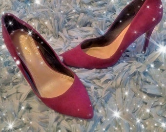 Size 8 Charles David pumps