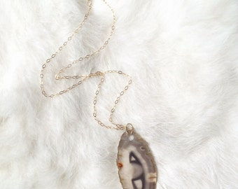Agate Slice Pendant on Gold / Tan Agate Necklace / Agate Pendant / Raw Stone / Stone Necklace