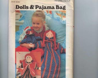 Craft Pattern Butterick 5112 Pajama Bag Holder Rag Doll Pippi Longstockings Craft Pattern Vintage 1970s 70s