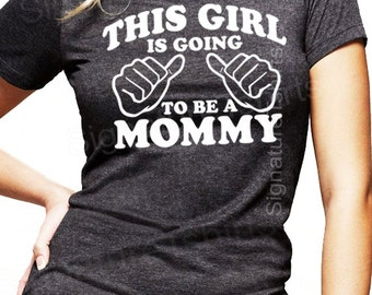 Pregnancy Announcement Shirt. Baby Bump Pictures shirts. Baby Shower Shirt. Gift for Mommy to Be. Grey shirt. mom to be