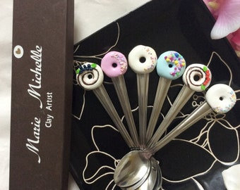 Yummy Cake Decorated spoons