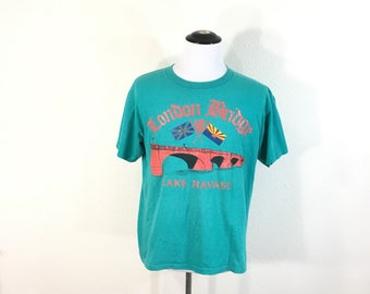 90's vintage london bridge print all cotton t-shirt made in usa size L