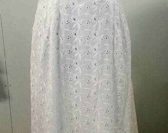 XL Vintage bridal wedding dress eyelet lace