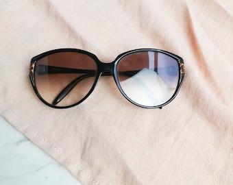 Black frame 70s sunglasses | 70s sunglasses | Womens 70s glasses