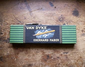 Vintage Van Dyke 600-F Microtonic Drawing Pencils  in Original Box
