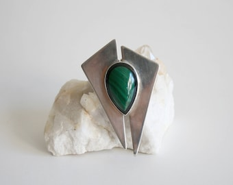 Inlaid Black Onyx Malachite Modernist Pendant Brooch