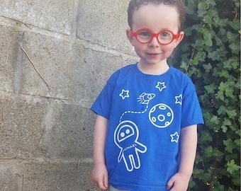Kids astronaut shirt, personalized shirt, name shirt, space shirt, customizable shirt, rocket shirt, moon shirt, space ship shirt, stars tee