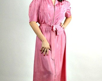 1940s Pink Robe, Vintage Long Robe, 40s Robe, 1940s Dressing Gown, Vintage Lounge Wear, Hollywood Glam, Pinup Robe, Size XL, 40s Costume