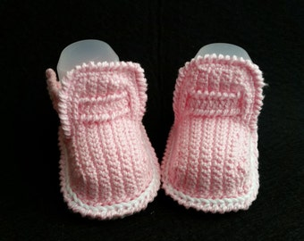 Belíssima baby girl pink and white shoes