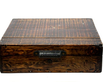 Wood Box with Hamilton Letterpress Handle / Primitive Rustic Wooden Chest with Hinged Lid