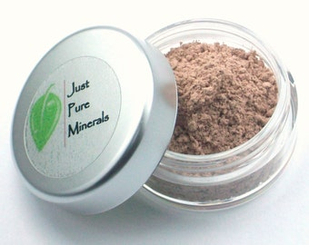 Cafe Latte Vegan Eye Shadow - Cruelty Free Mineral Eye Shadow- 3g of product in a 10g sifter jar