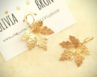 Maple Leaf Earrings Maple Leaf Jewelry Dangle Earrings Leaf Earrings Gold Leverback Earrings Brass Earrings