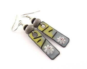Handmade Gray and Yellow Earrings, Enameled Earrings, Silver Earrings, White Flower, Artisan Earrings, Boho Earrings, Antique Silver, AE076