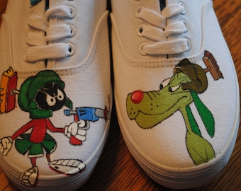 Hand Painted Marvin the martian and his dog shoes size 8 - NOTE SOLD -  These are just a sample