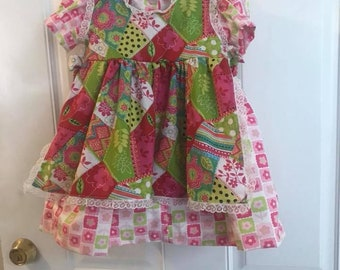 Size 6 short sleevePink/Green/Teal floral patchwork/white lace 3 piece 4 looks outfit - included Dress, pinafore and bloomers