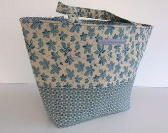 Beach shopping tote bag
