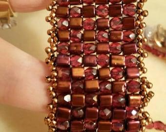 Square stich bracelet