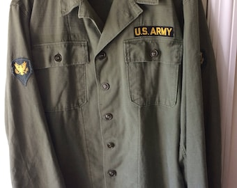 Vintage US Army Jacket Military Olive Drab Button Shirt Coat 1940s WWII Medium