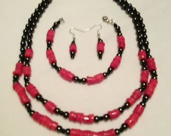 Jewelry Set in Red and gunmetal glass beads