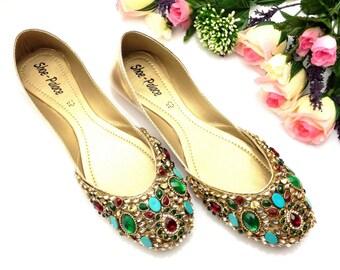 Woman Wedding Shoes Handmade multi Stones Traditional Indian Rajasthani Bridal mojri /mojari/Juti/jooti/Khussa shoes