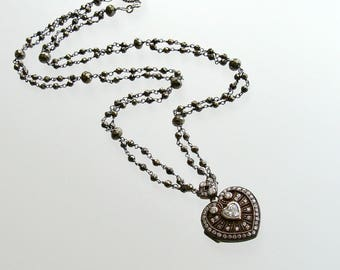 Silver Paste Heart Vinaigrette Layering Necklace Pyrite – Saint Esprit II Heart Necklace