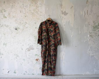 Vintage Camo Coverall - Swiss Military Alpenflage Coverall - Military Jumper Romper Green Red Black M