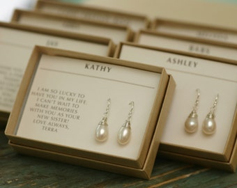 Set of 7 bridesmaid gifts for bridal party, pearl earrings bridesmaid earrings set of 7 pearl earrings pearl - Sophie