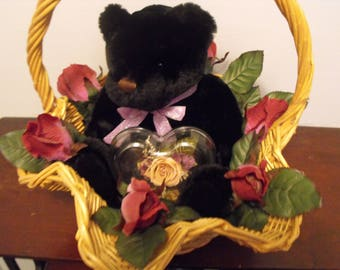 Scalloped Gift Basket with Roses, Bear, Sapphire and CZ Earrings - Great for Mother's Day!!!