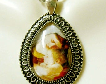 Madonna and child pendant with chain - AP15-059