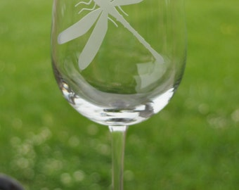 Dragonfly Etched Wine Glass, Mother of the Bride, Bridesmaid by Jackglass on Etsy