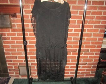 Vintage 1920s Black Silk Crepe Flapper Era Dress with Exquisite Net Lace Detailing