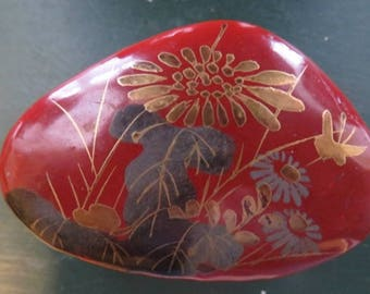 Nice Small Oriental Hand Painted Red Lacquer Paper Mache  Ring/Trinket Box **FREE SHIP**