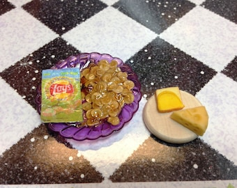 Blythe Barbie Playscale 1:9 Dollhouse Faux Potato Chips and Cheese Platter