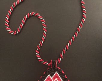 Geometric beaded medallion