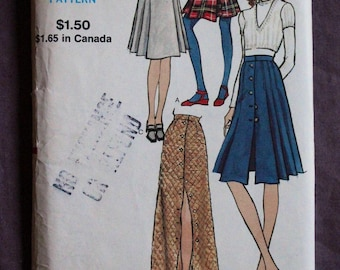 Misses Vogue 70s Maxi A-line Front Buttoned Skirt and Shorter Pleated Skirts Vintage 1970s Vogue 8176 Sewing Pattern Size 27 Waist 38 Hip