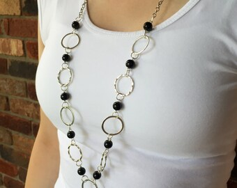 Black Pearl and Silver Hoop Lanyard Necklace
