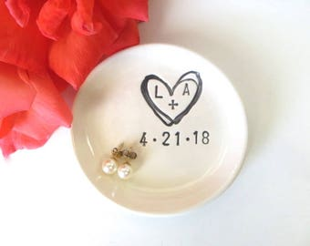 ring holder, ring dish, engagement gift, wedding gift, bridesmaid gift, bridal shower gift, Black and White, Made to Order